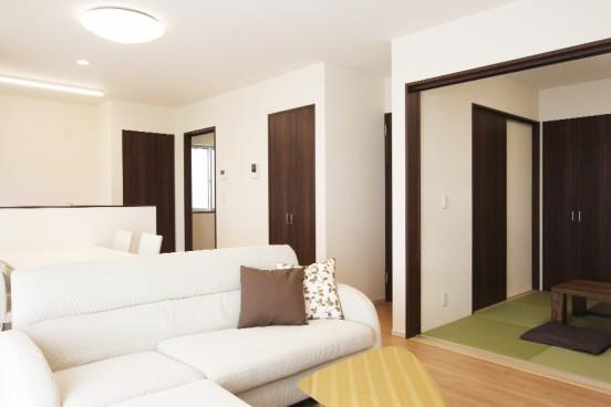 法音寺分譲 LDK ※掲載写真の家具・調度品等は含まれません。